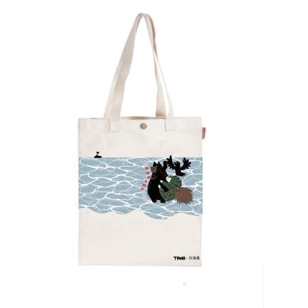 每月捐1000元x12期:「住海邊」手提袋、好書及動物手方巾